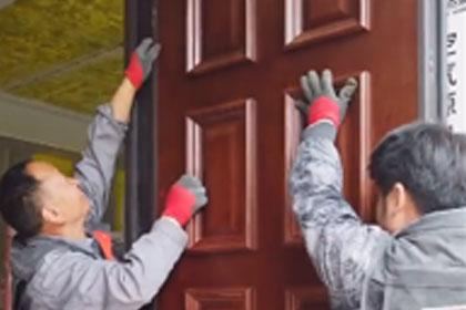 百乐和园对开铸铝门安装